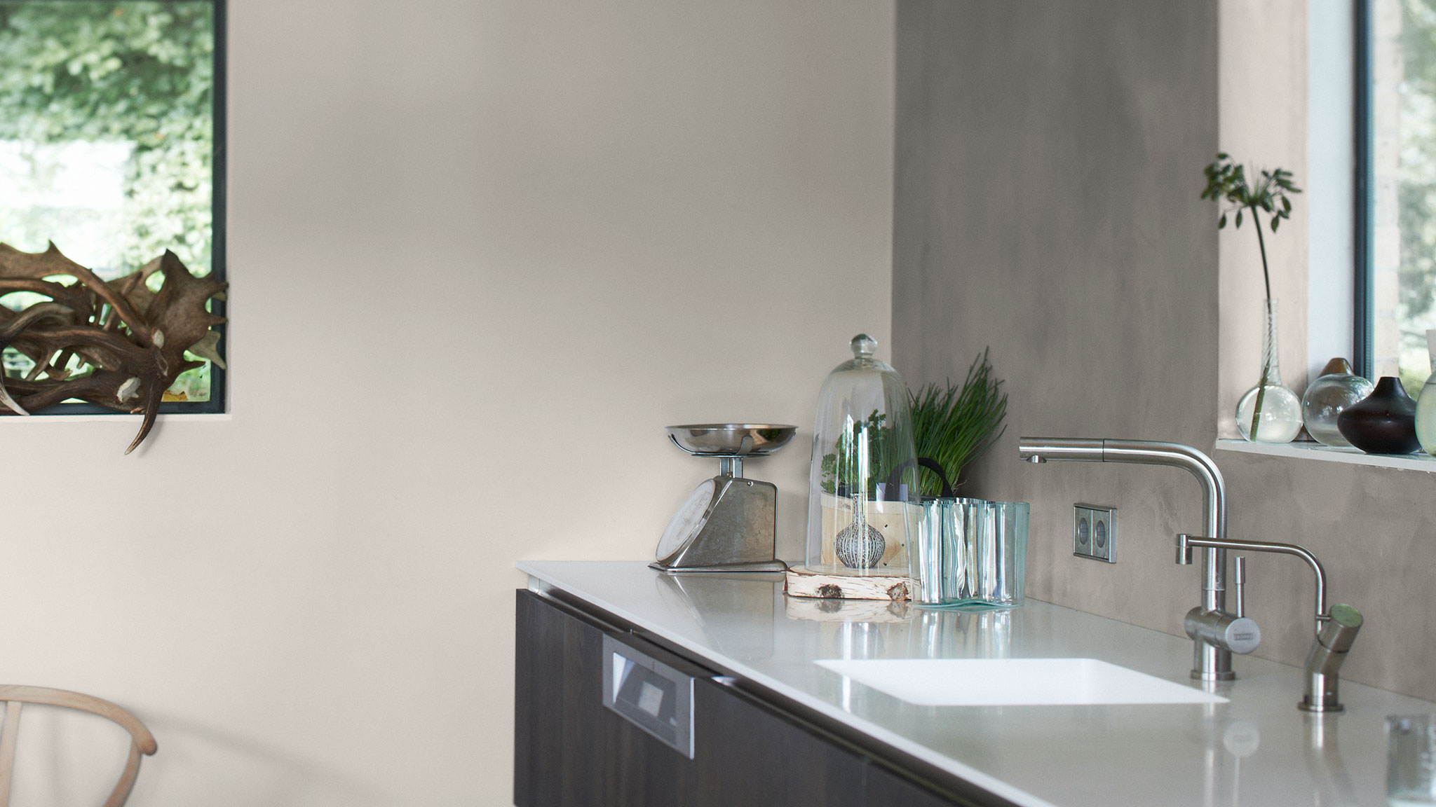 Paint Your Kitchen In Five Easy Steps Dulux